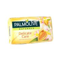 Palmolive Delicate Care with Almond szappan