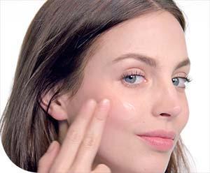 Mi a véleménye a pattanásos bőr ápolására javasolt Normaderm Phytosolution arckrémről?