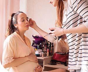 Dekorkozmetikai tanácsok kismamáknak