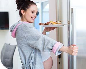 Mit ehet a kismama várandósság és szoptatás idején?